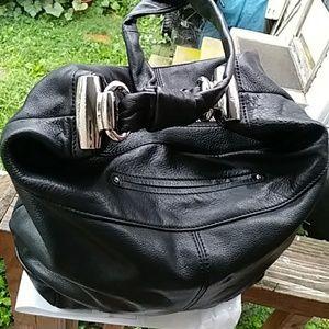 B. Makowski black leather bag